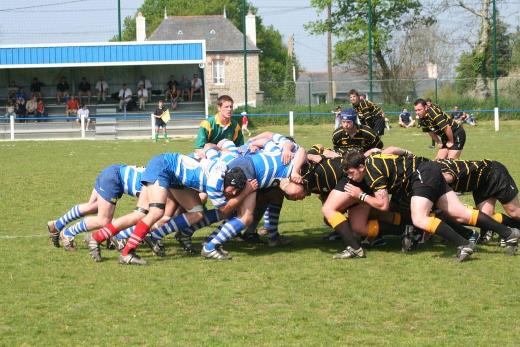 Mélée durant un match de rugby
